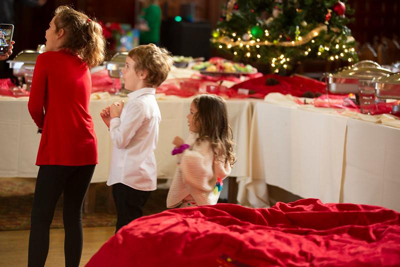 9941 FC Staff & Family Christmas Party-Hird,J.jpg