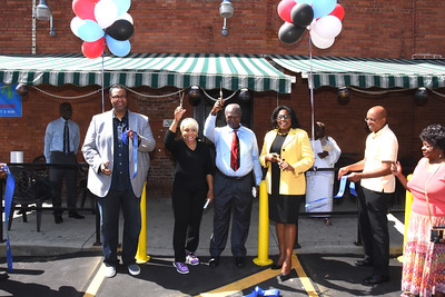 Mayor attends grand opening of Fusion4. 8/19/2016