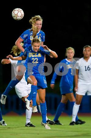 CAL 2010 women soccer