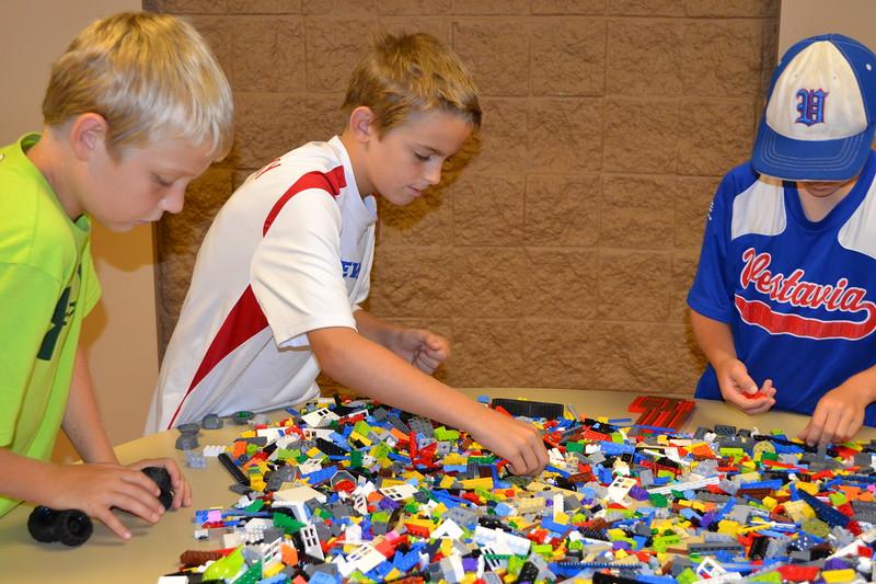 Lego Sculpture Art #14.jpg