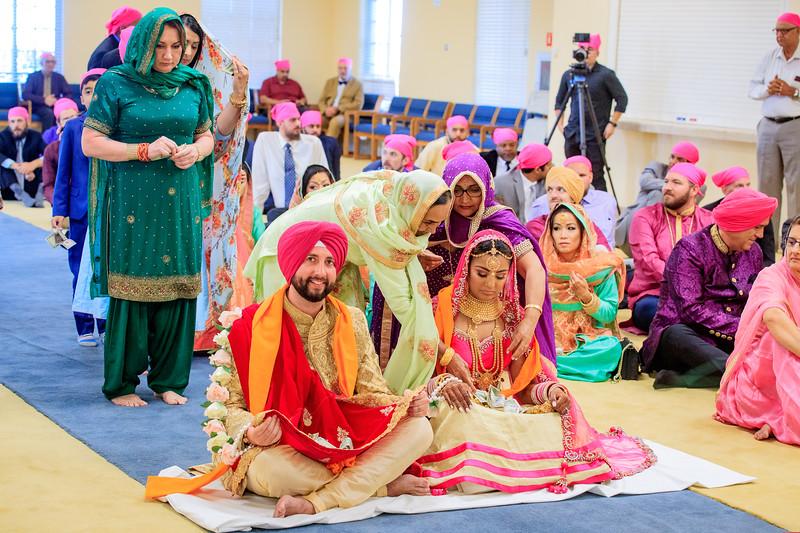 Neelam_and_Matt_Gurdwara_Wedding-1503.jpg
