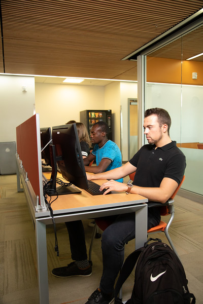 International Student Services-4757.jpg