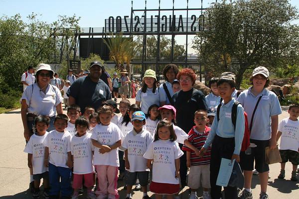 Para Los Ninos Zoo Trip  5-8-07