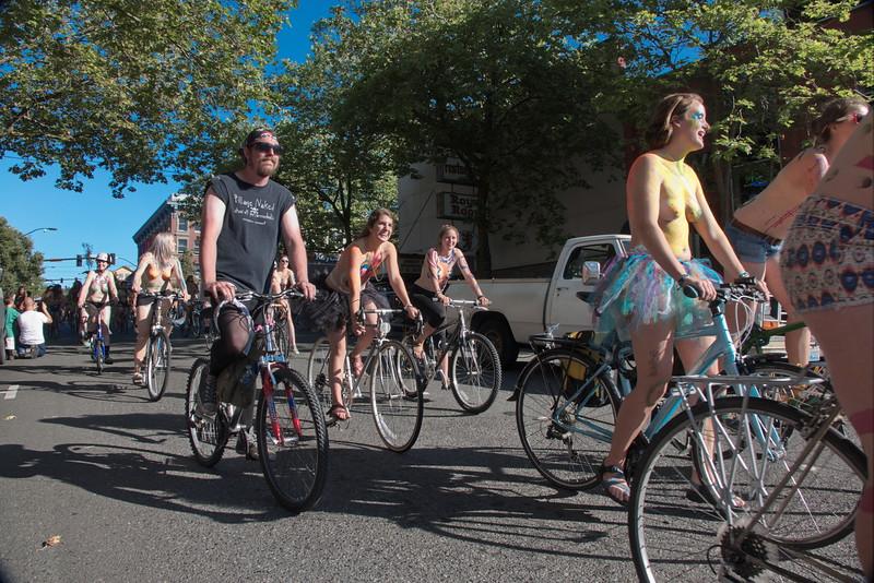 Nude Bike Ride (36).JPG