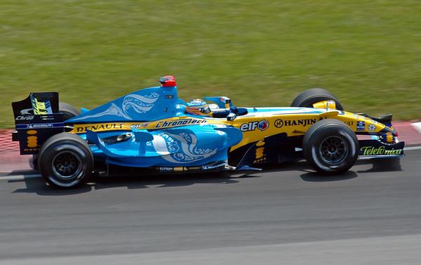 Renault Alonso.jpg