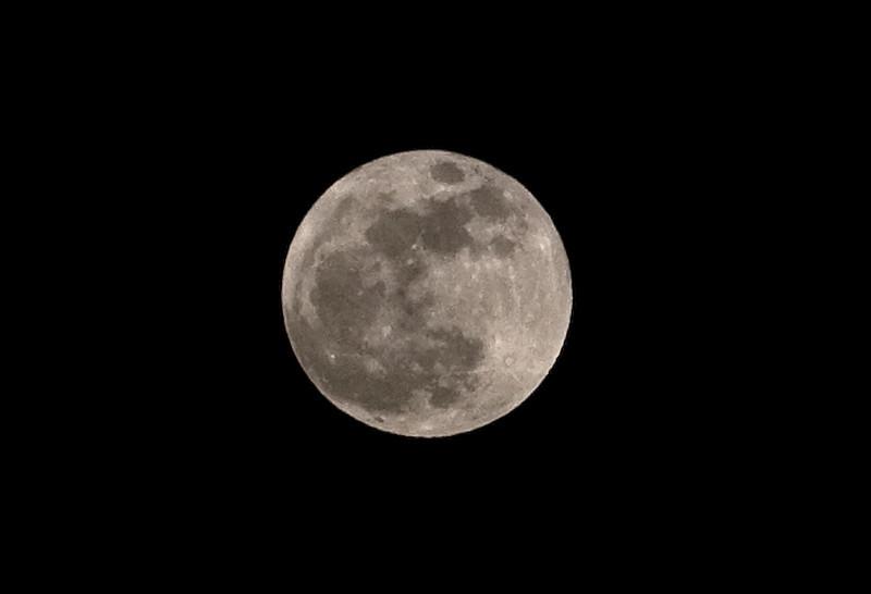 big_moon.jpg