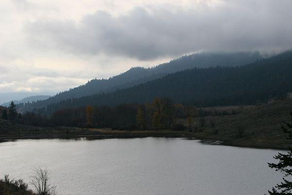 051028 Lake Chopaka
