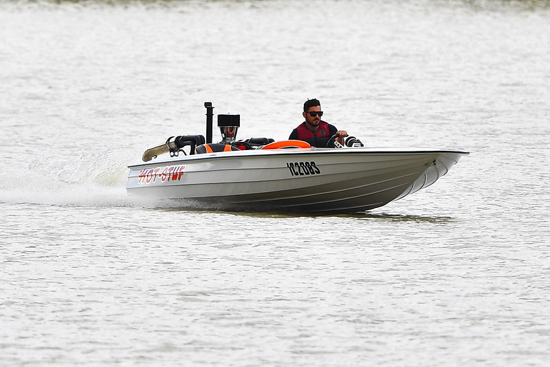 Power boats at Martins Bend, Berri