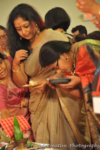 2013-10-13_DurgaPuja_Navami@KallolNJ_37.jpg