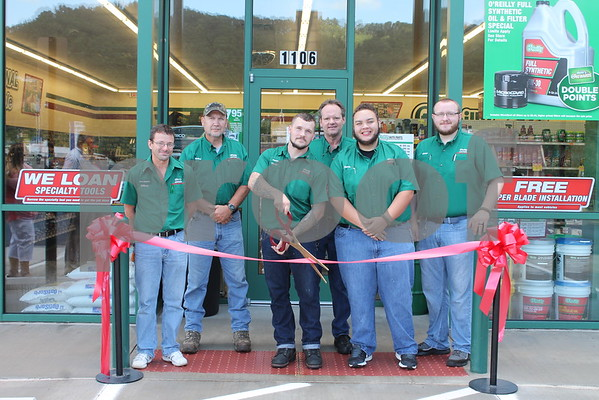 O'Reilly Erwin Store Ribbon Cutting - August 2016