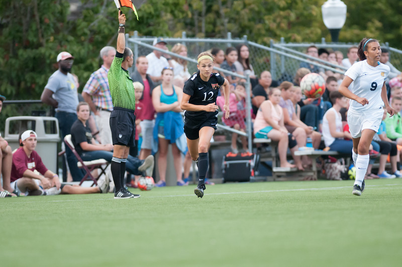 20150827 - WSOC - Northwest Christian - 023.jpg