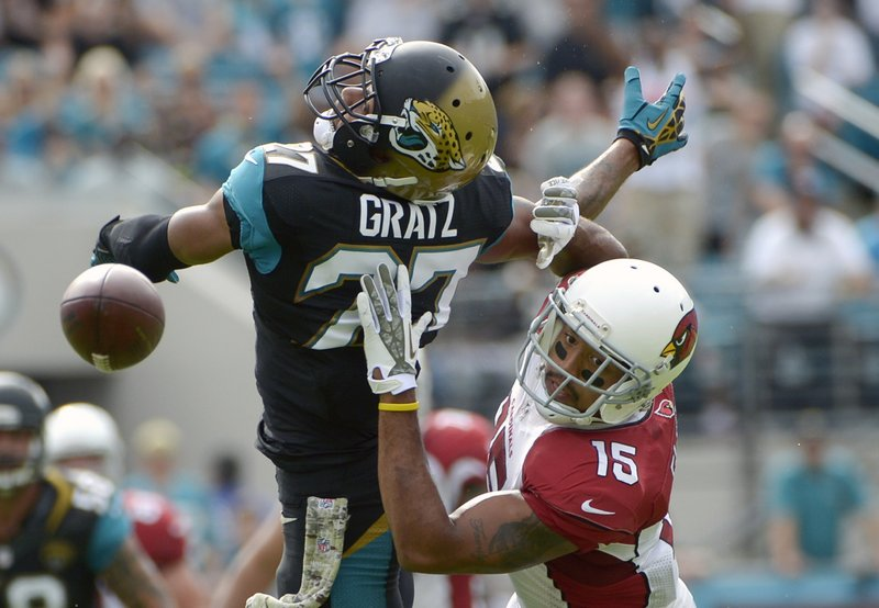 . <p><b> Jaguars at Texans (-10):</b> <p>The Jaguars and the city of Jacksonville have announced plans to spend $63 million on a pair of 301-foot wide scoreboards for EverBank Field. The scoreboards will be the NFL�s largest, and analysts estimate they�ll be worth about $62.99 million more than the Jaguars� roster. <p>Pick: <b>Texans by 7</b> <p>    (AP Photo/Phelan M. Ebenhack)