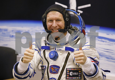 oops-uk-astronaut-tim-peake-calls-wrong-number-from-space-on-christmas-day