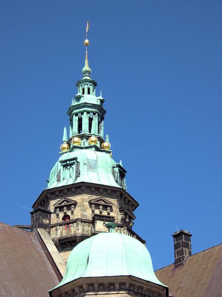 Kronberg Castle architectural detail2.jpg