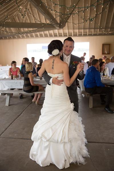 bap_schwarb-wedding_20140906153337PHP_0303