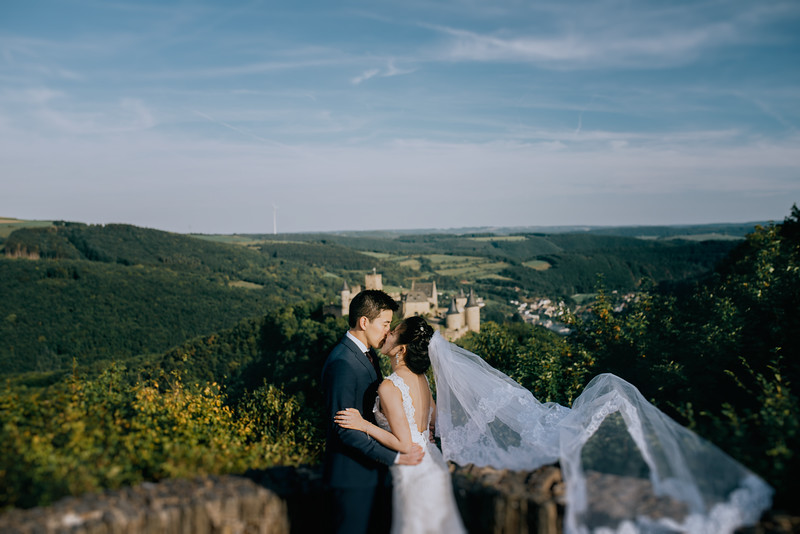 N + H | Elopement in Luxembourg | Luxembourg Wedding Photographer