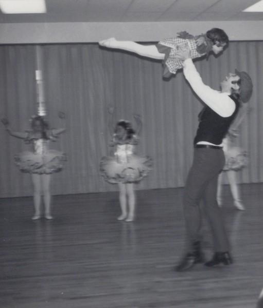 Dance_1640.jpg