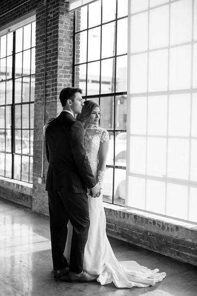 Kate&Josh_B&W_ZACH.WATHEN.PHOTOGRAPHER-312.jpg