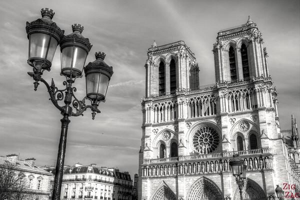 Best spot to photograph Notre Dame from: Parvis Notre Dame, Paris 1