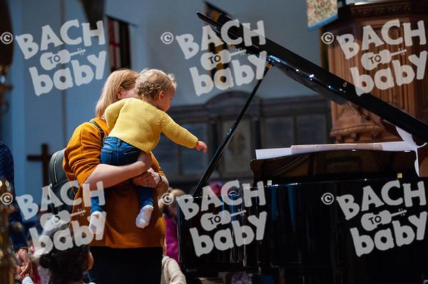 ©Bach to Baby 2019_Laura Woodrow_Epsom_2019-25-10_ 22.jpg