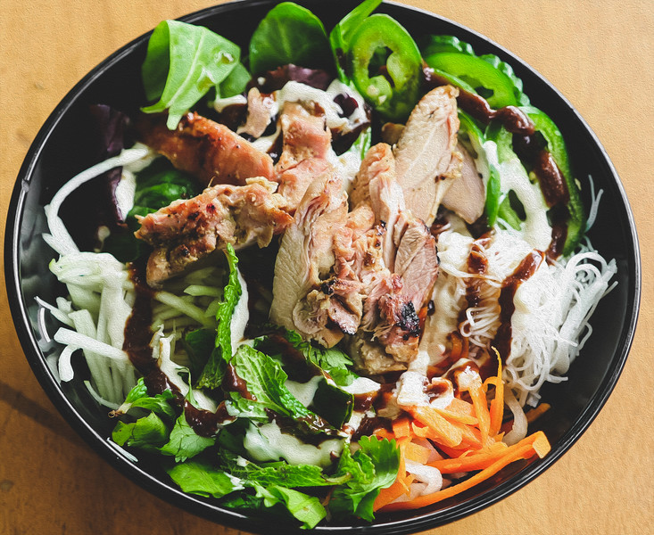 lemongrass chicken bowl long LH oil (1 of 1).jpg
