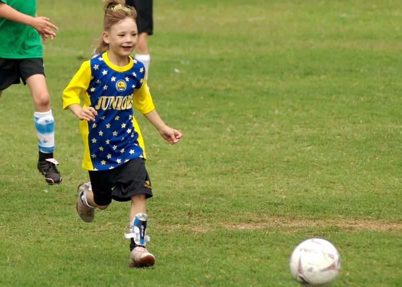 07_girls_soccer_26