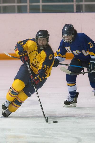 20130310 QWHockeyvsUBC 372.jpg