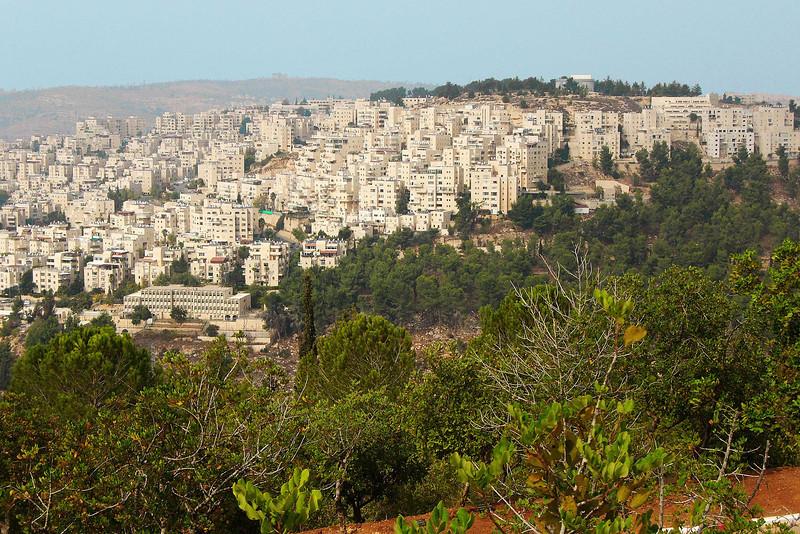 14-Har Nof, a Western Jerusalem neighborhood