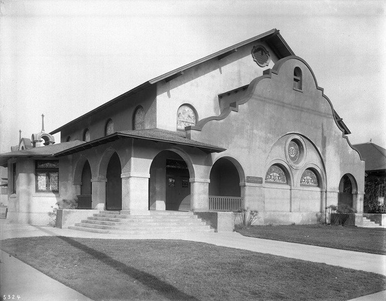 The original Highland Park Presbyterian Church building, designed by Architect Thornton Fitzhugh, ca.1905