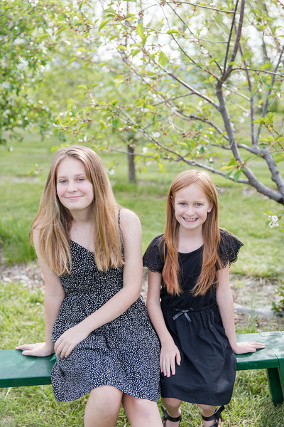 Mould Girls at the Apple Orchard 2020