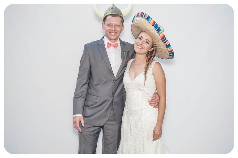 Alison+Jules-Wedding-Photobooth-2.jpg