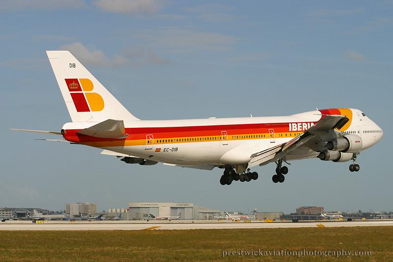 EC-DIB. Boeing 747-256B. Iberia. Miami. 030304.