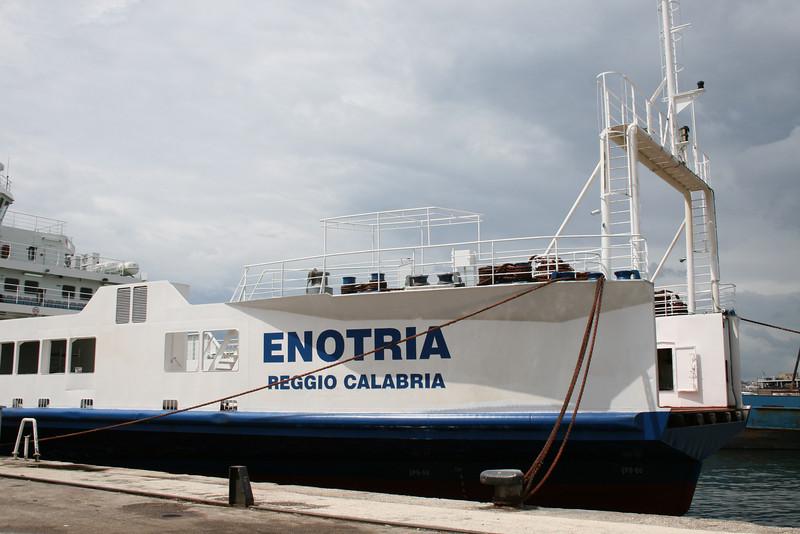 Enotria 2008.06.06 Napoli 7x.JPG