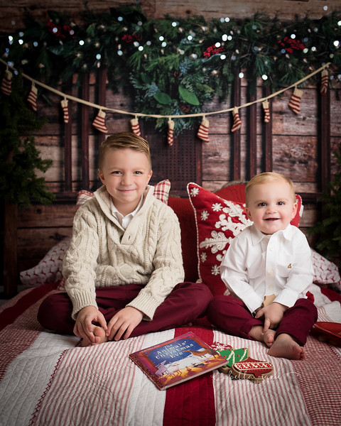 The cutest brothers' Christmas