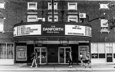 The Danforth - From Broadview To Greenwood