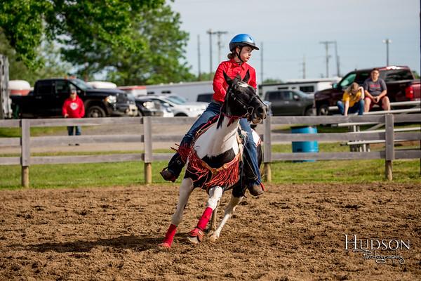 01. Pole Bending Horse, Sr. Rider