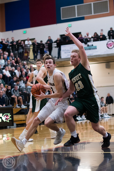 Var BB vs Jesuit-81.jpg