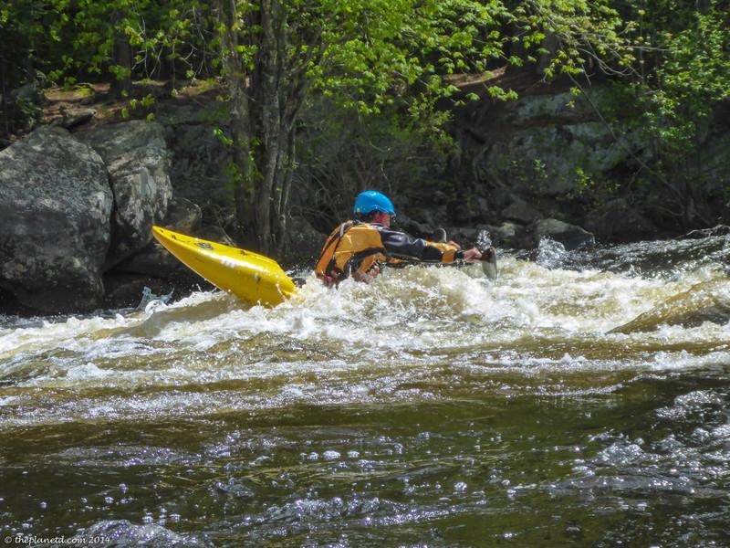 whitewater-kayaking-madawaska-kanu-center-ontario-3.jpg
