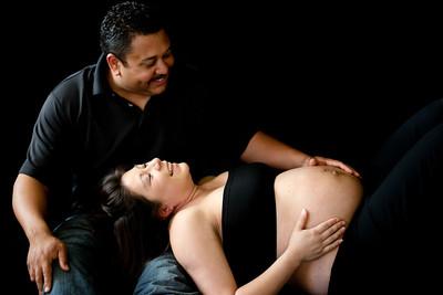 Eliza & Devin - Maternity