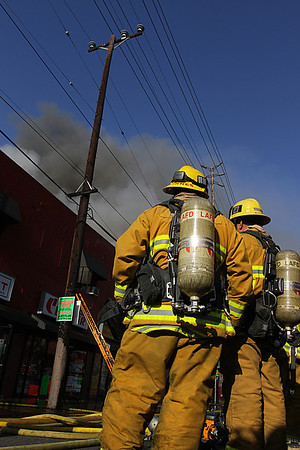 LAFD_STRUCT FIRE_ SANTA MONICA IC
