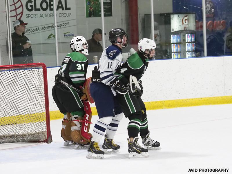 Okotoks Oilers  VS Foothills Bisons Midget AA Dec8 (85).jpg