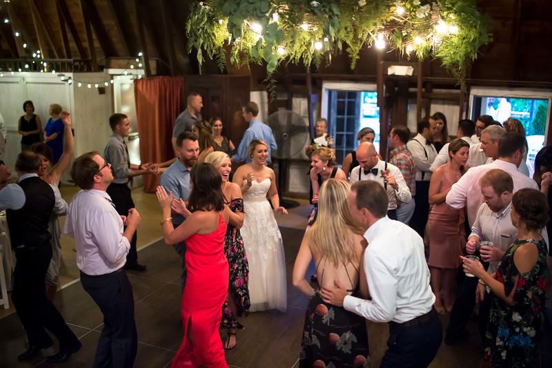 Garrett & Lisa Wedding (711).jpg