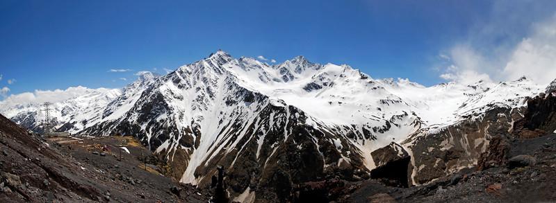 080502 1758B Russia - Mount Elbruce - Day 2 Trip to 15000 feet _E _I ~E ~L.JPG