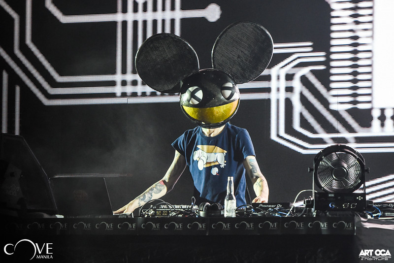 Deadmau5 at Cove Manila (7).jpg