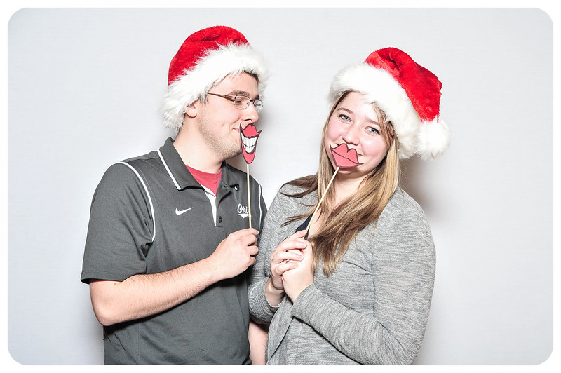 WDTN-TV-Holiday-Photobooth-34.jpg