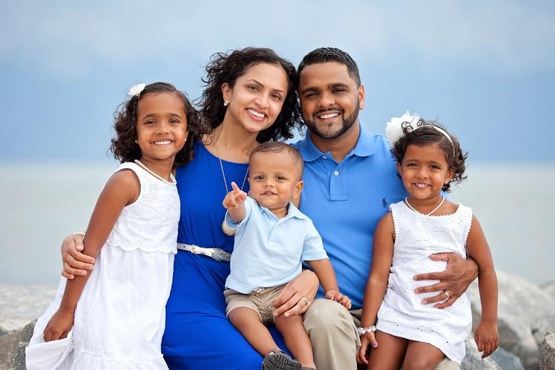 Family Portraits  (9).jpg