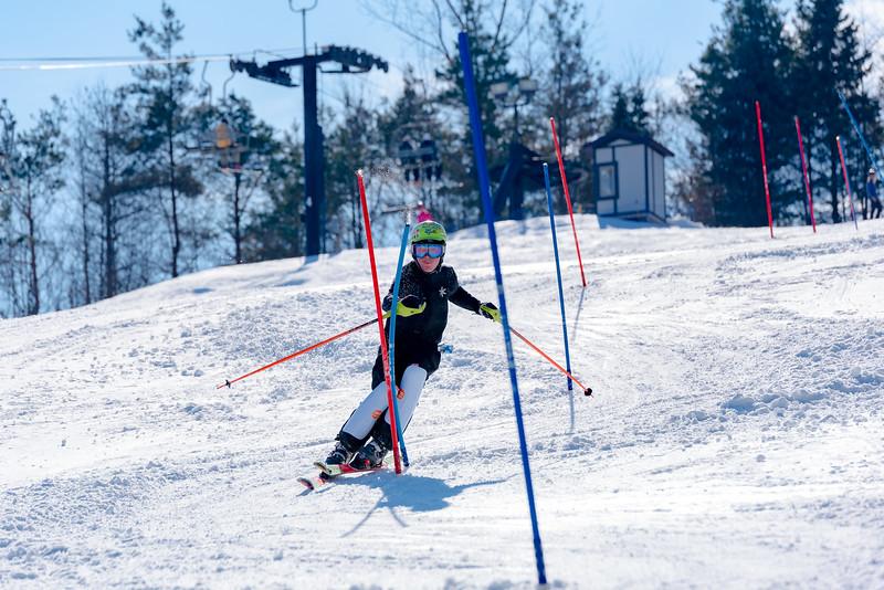 Standard-Race_2-3-18_Snow-Trails-73570.jpg