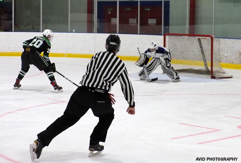 Okotoks Oilers  VS Foothills Bisons Midget AA Dec8 (175).jpg
