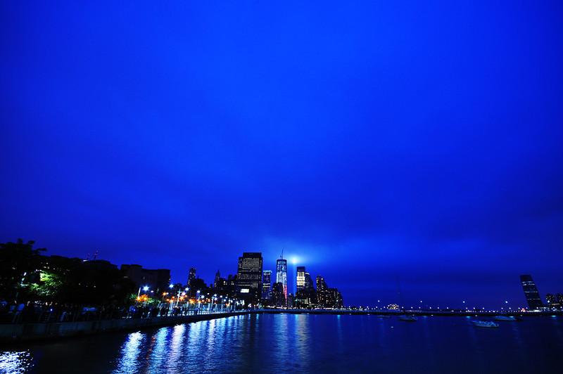 2011_tribute_in_light_06.JPG