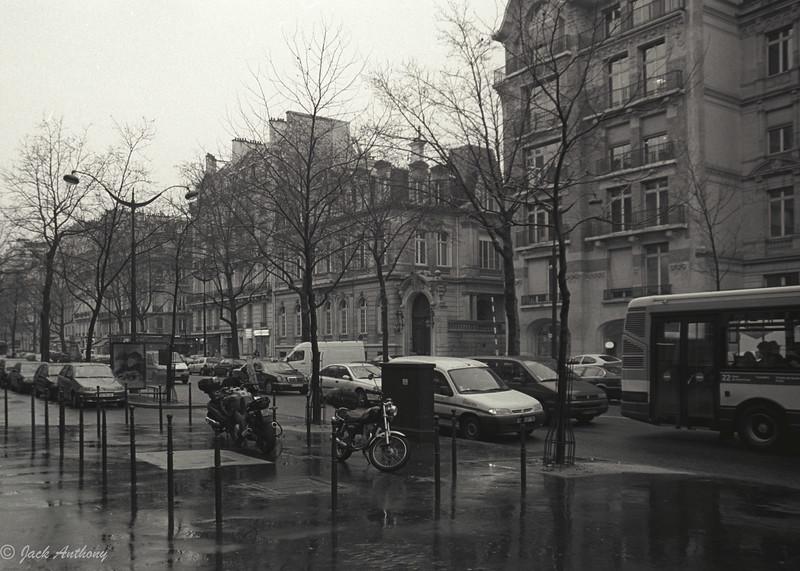 champs elisee in the rain.jpg